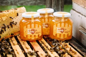 майский мед сахарится