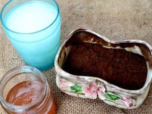 скраб для лица из меда и кофе